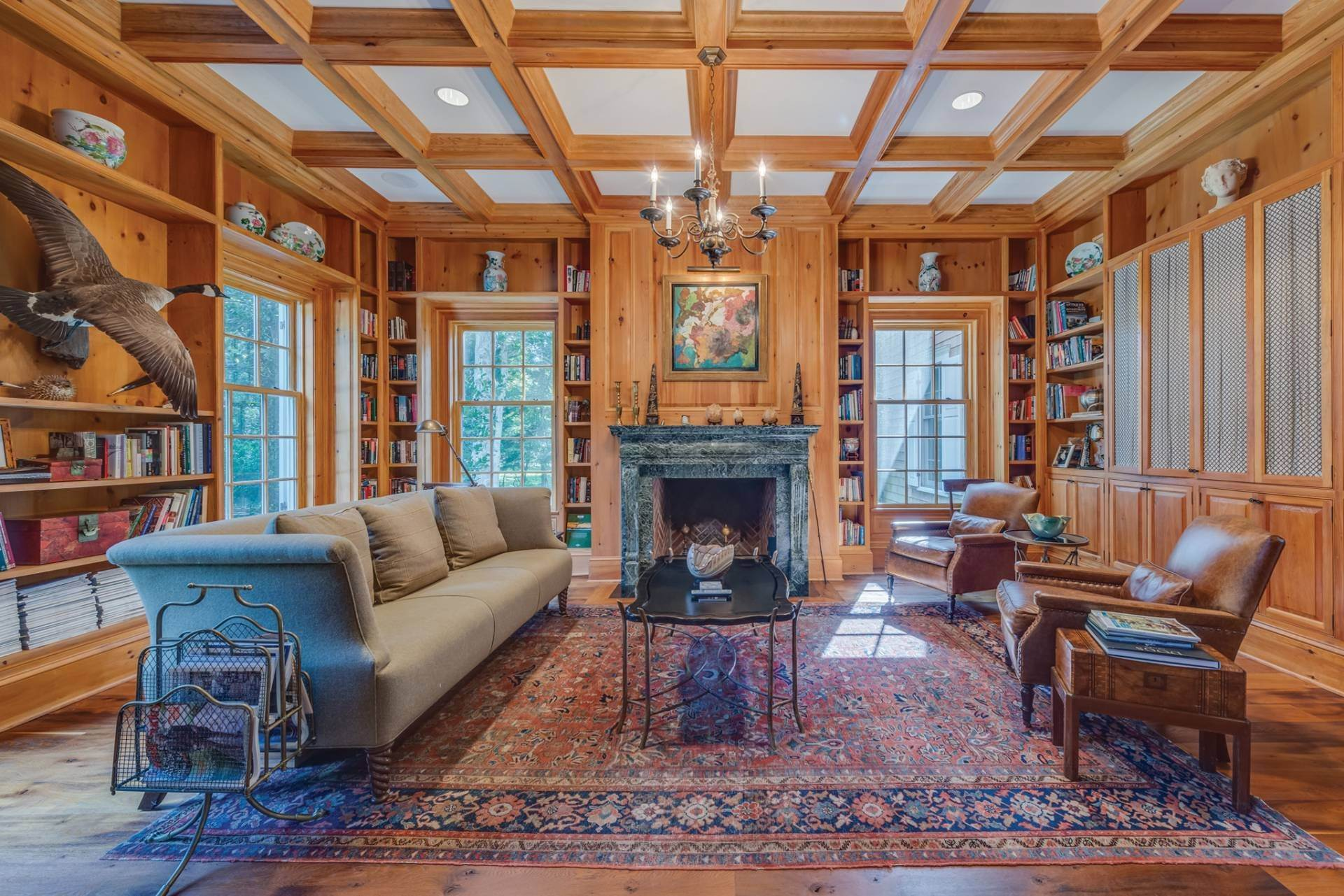 3. Single Family Home at East Hampton Classic With Pool And Privacy East Hampton, NY 11937
