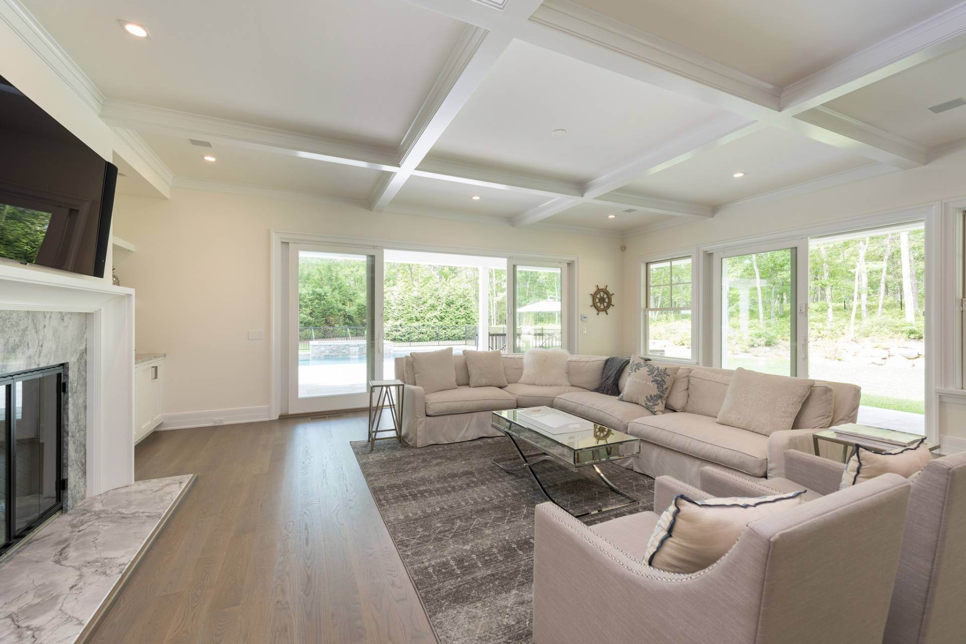 9. Single Family Home at Hampton Rental Paradise Found! (You Will Hate To Leave!) 2 Rose Court, Southampton, NY 11968
