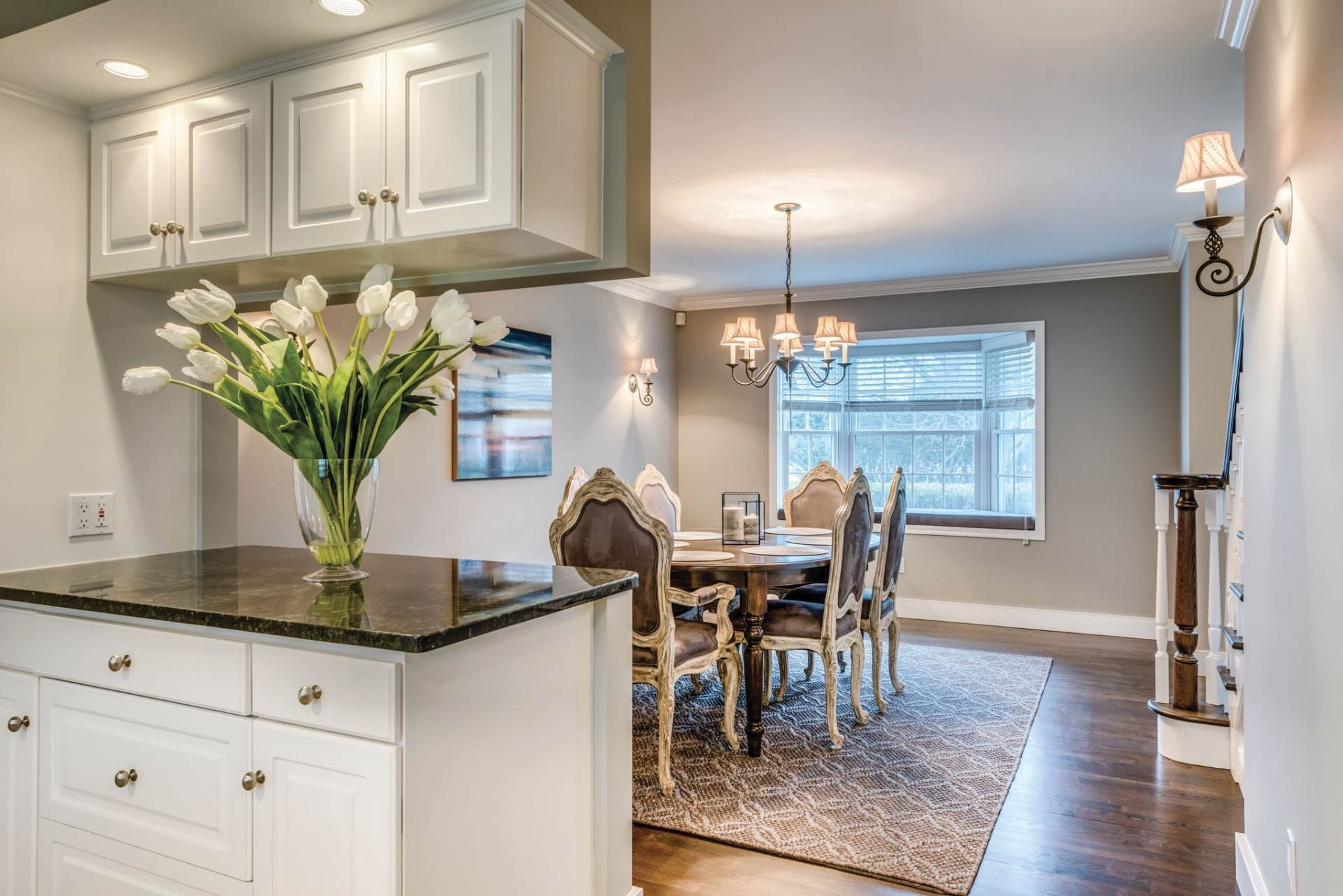7. Single Family Home at Private & Newly Renovated In Southampton Village Southampton, NY 11968