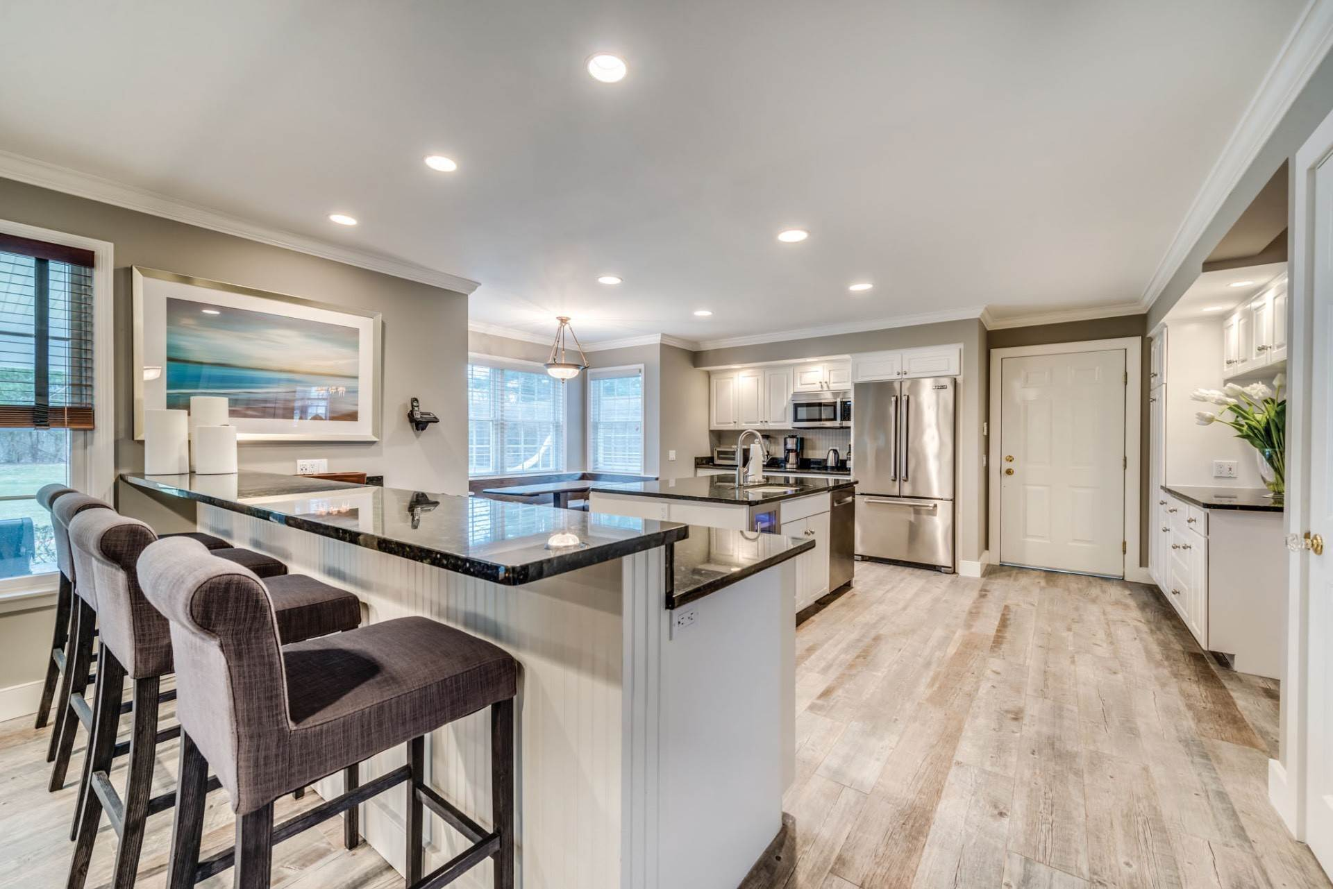 5. Single Family Home at Private & Newly Renovated In Southampton Village Southampton, NY 11968