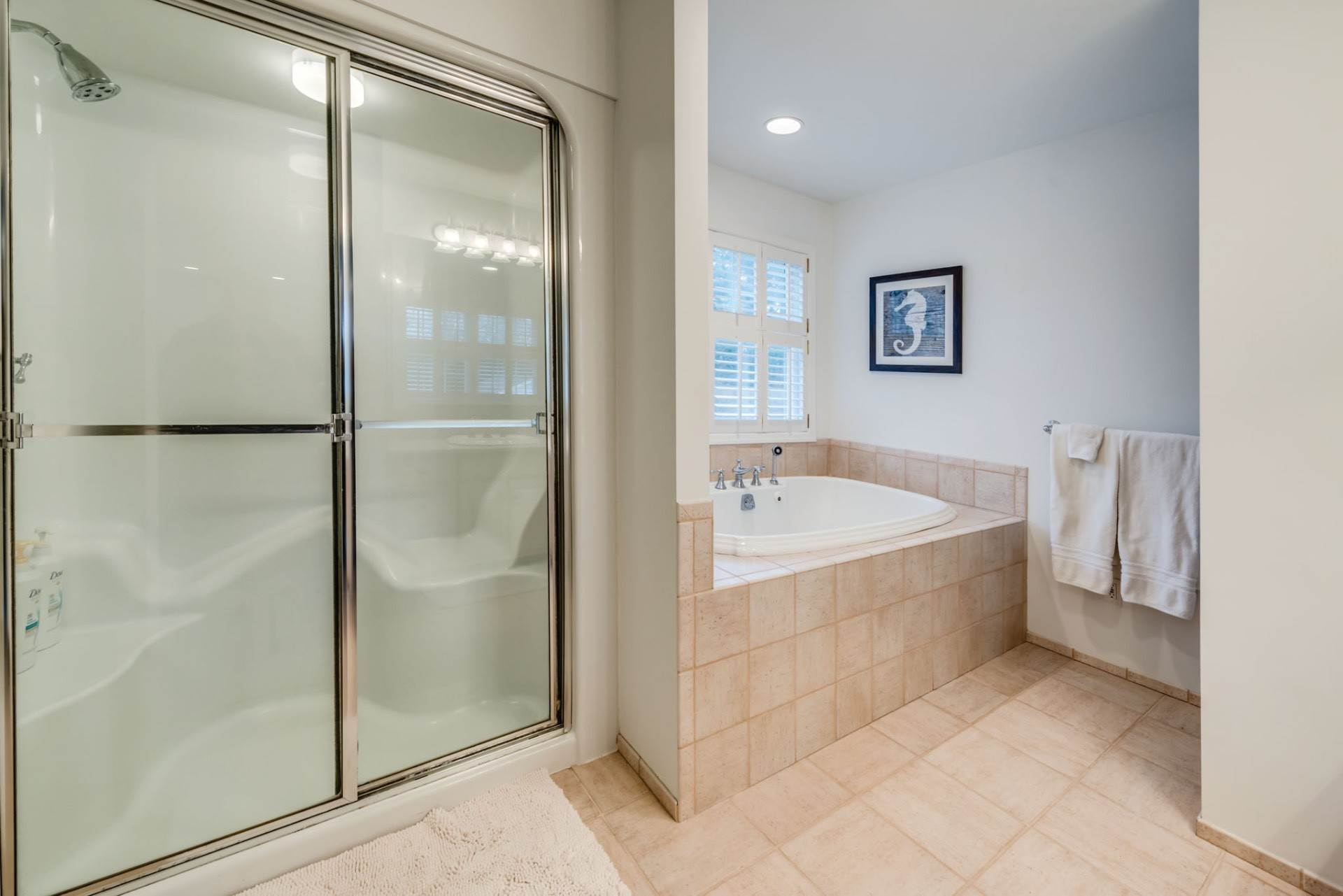 12. Single Family Home at Private & Newly Renovated In Southampton Village Southampton, NY 11968