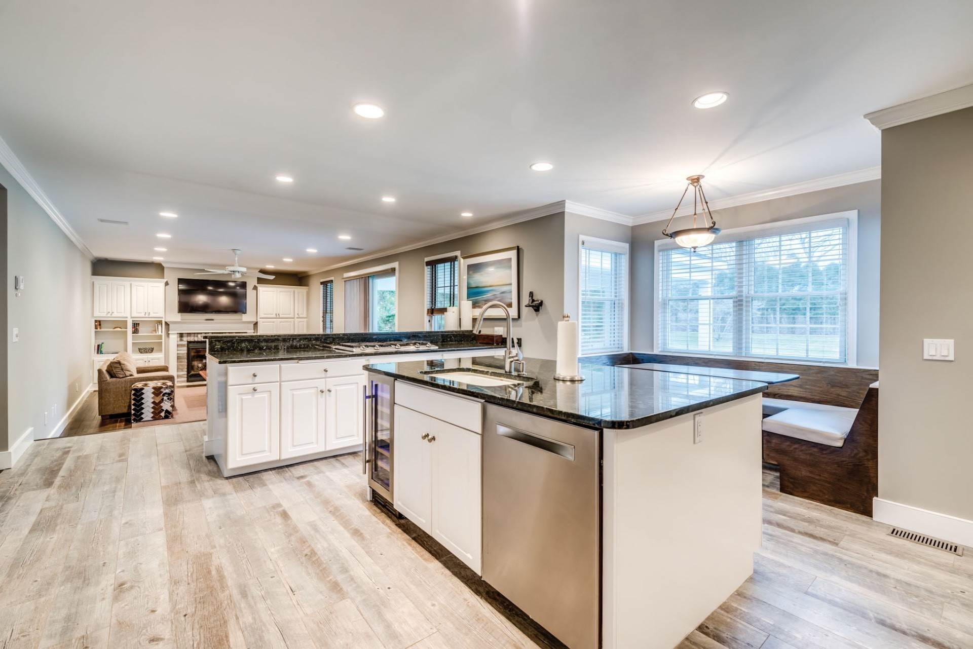 4. Single Family Home at Private & Newly Renovated In Southampton Village Southampton, NY 11968