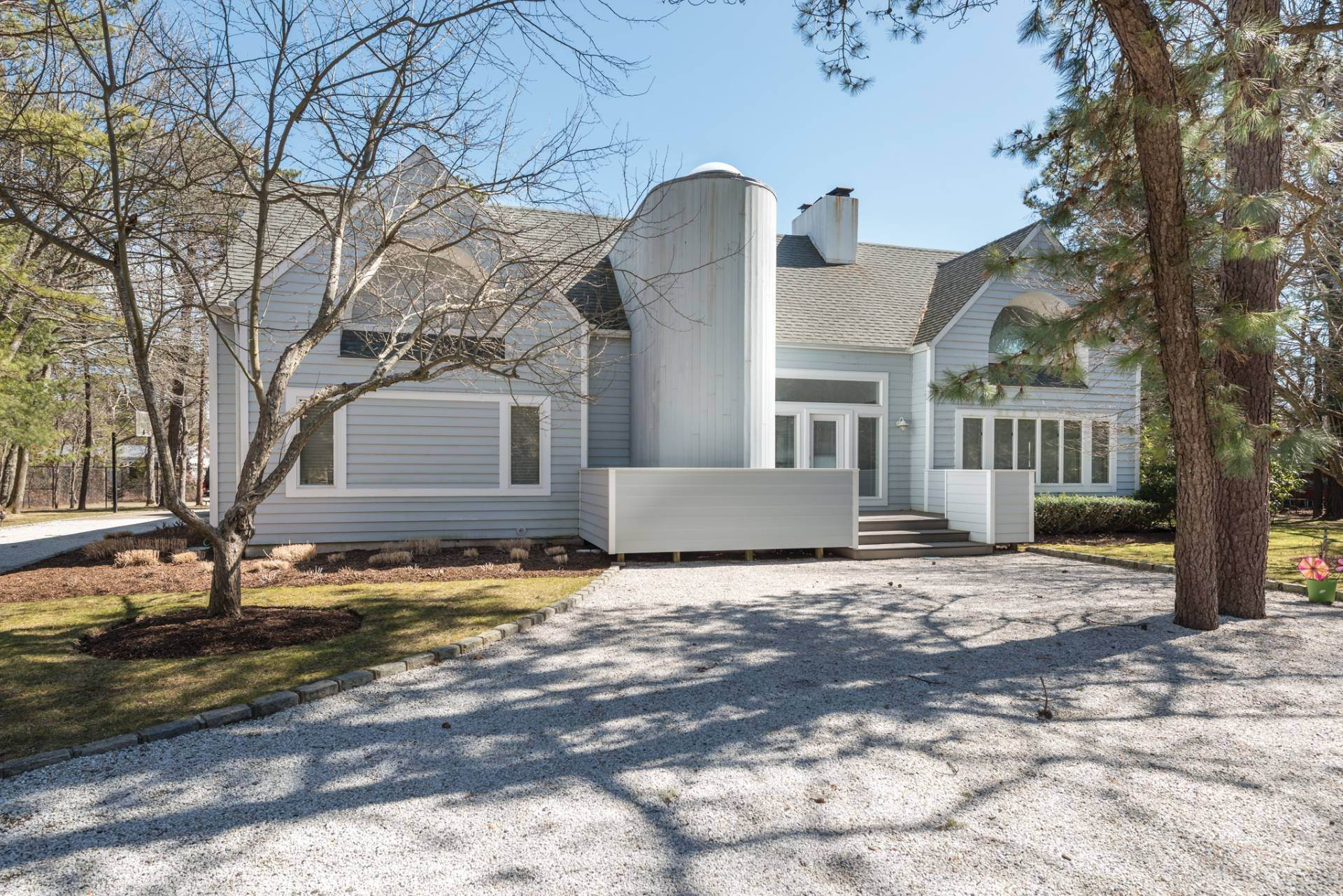 Single Family Home at East Quogue Contemporary East Quogue, NY 11942