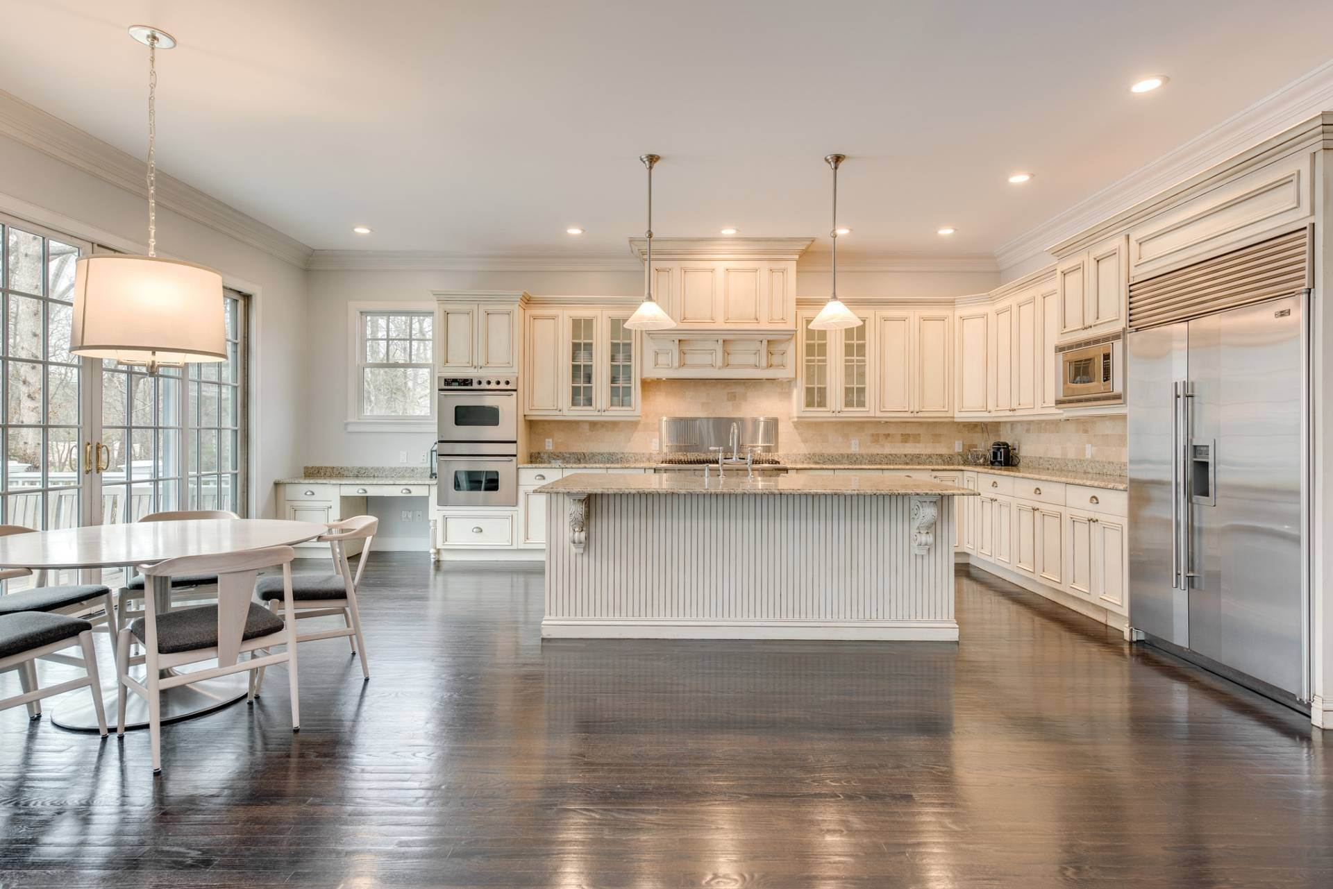 7. Single Family Home at Fall In Love With This Rental! 2268 Deerfield Road, Sag Harbor, NY 11963