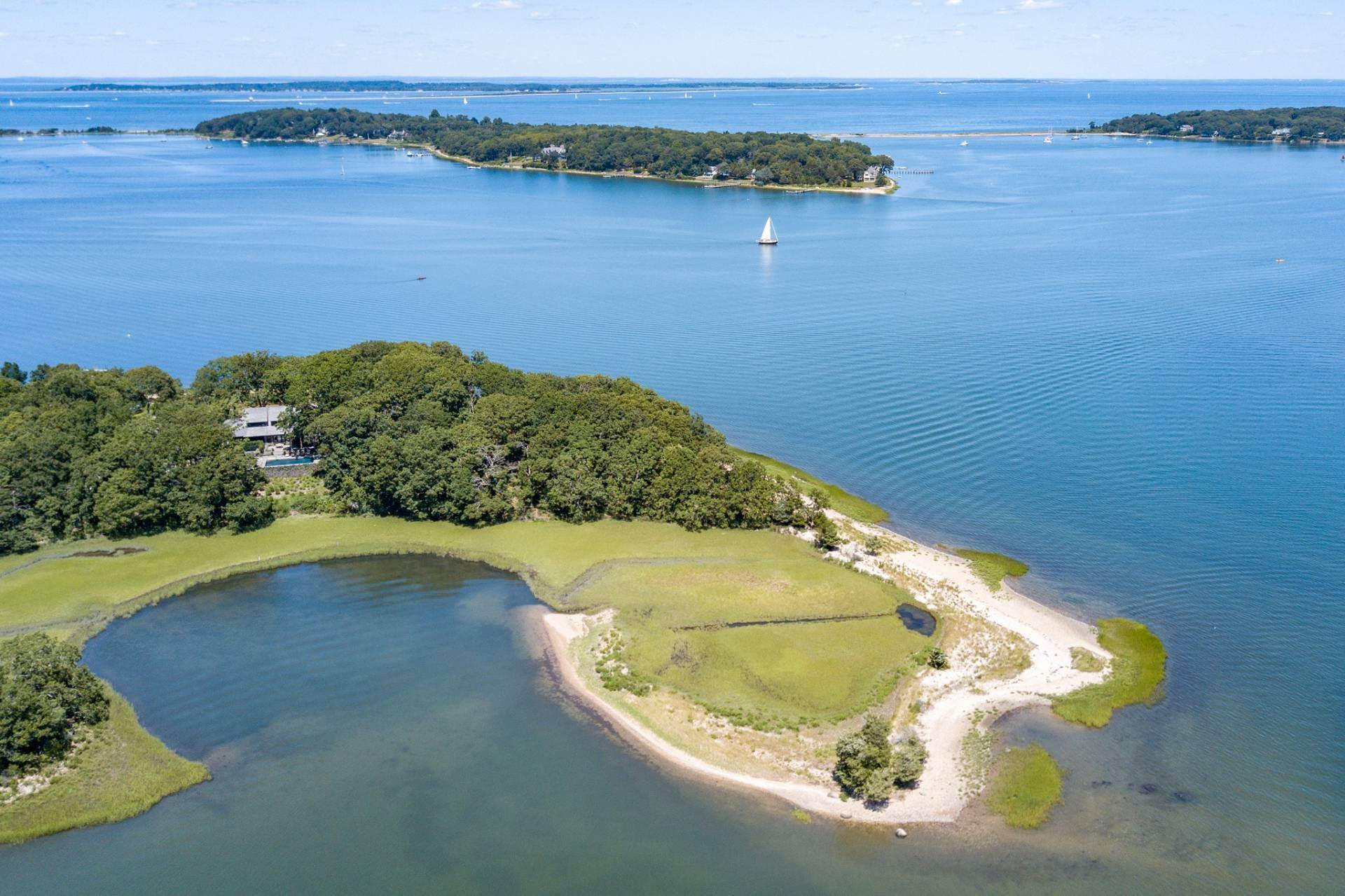 25. Single Family Home at Shelter Island Pristine Waterfront Compound With Pool And Dock 34a North Cartwright Road, NY 11964