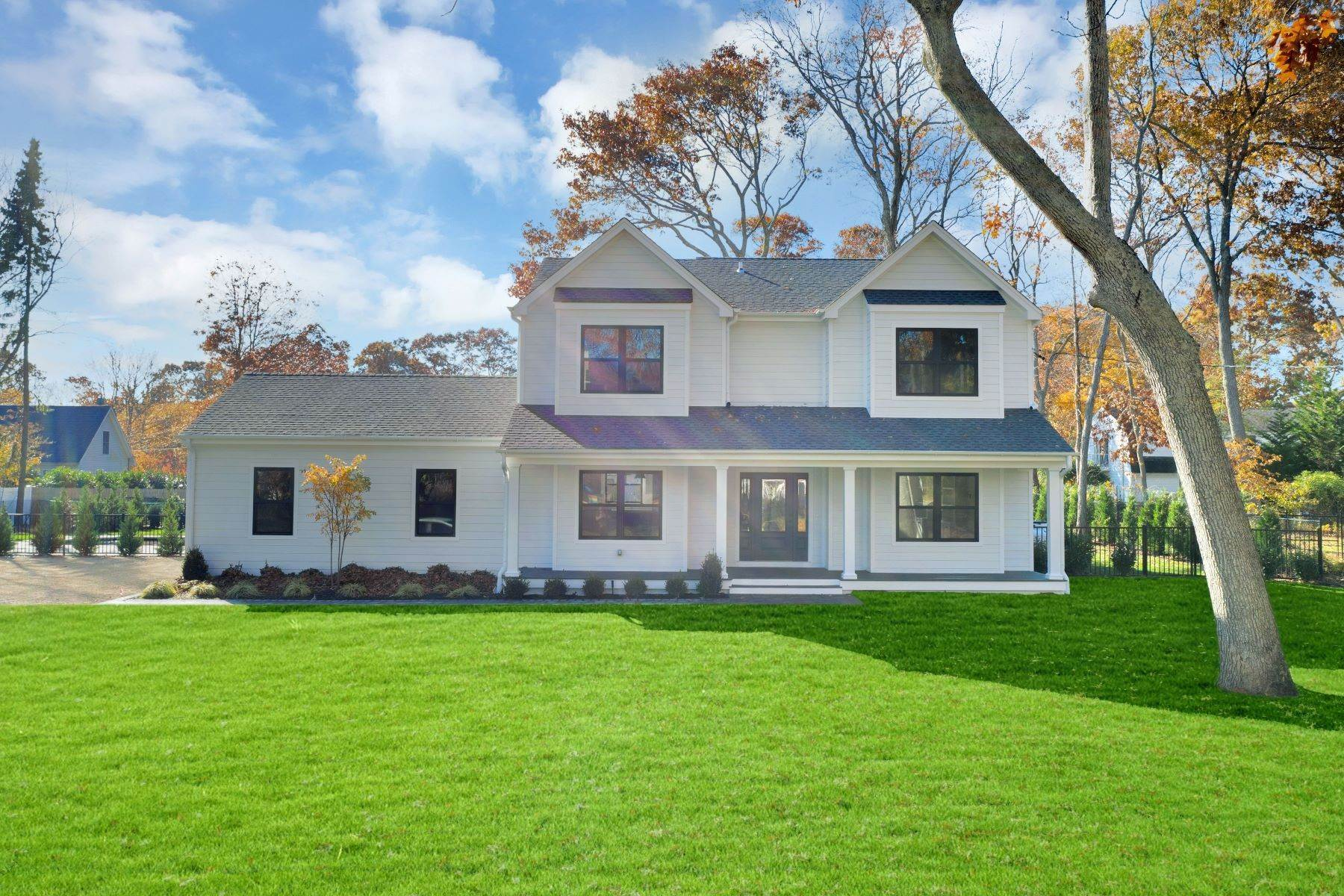 Single Family Home for Sale at Greenport West, NY 11944