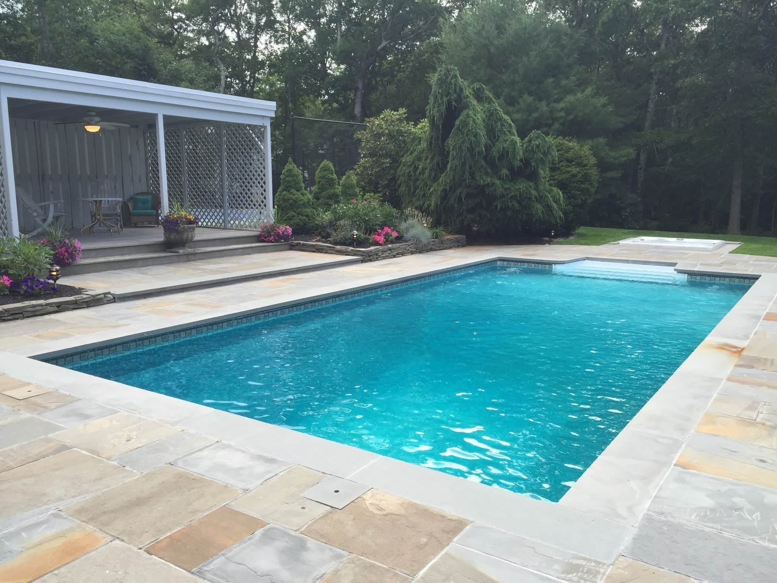 14. Single Family Home at Southampton North - Pool & Tennis Southampton, NY 11968
