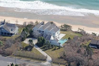 Single Family Home at Montauk On The Ocean Montauk, NY 11954