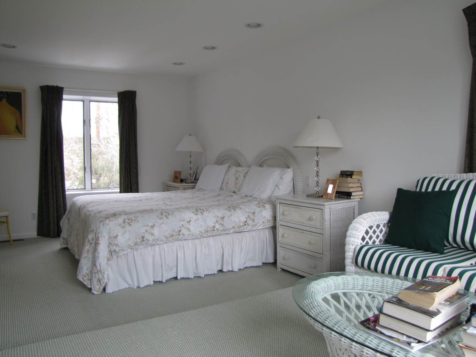 11. Condominiums at East Hampton Town House Year Round Rental East Hampton, NY 11937