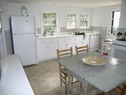 4. Single Family Home at Charming Sag Harbor Village Home Summer Or Year Round Sag Harbor, NY 11963