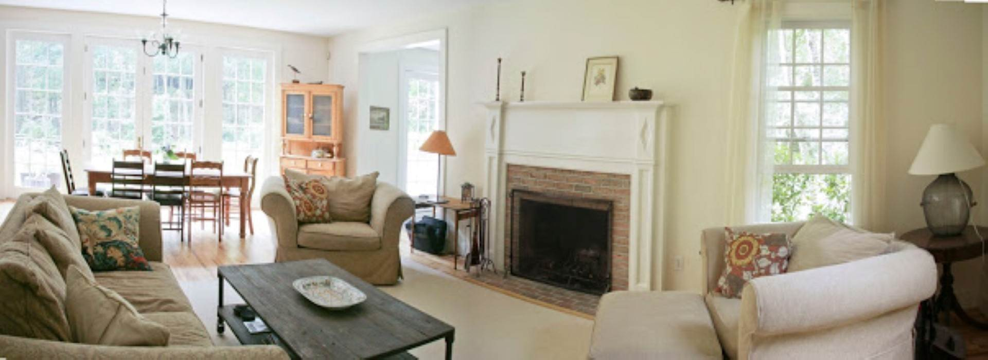5. Single Family Home at Great Bridgehampton Neighborhood Bridgehampton, NY 11932