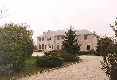 Single Family Home at Southampton Village South Rental With Pool & Tennis Southampton, NY 11968