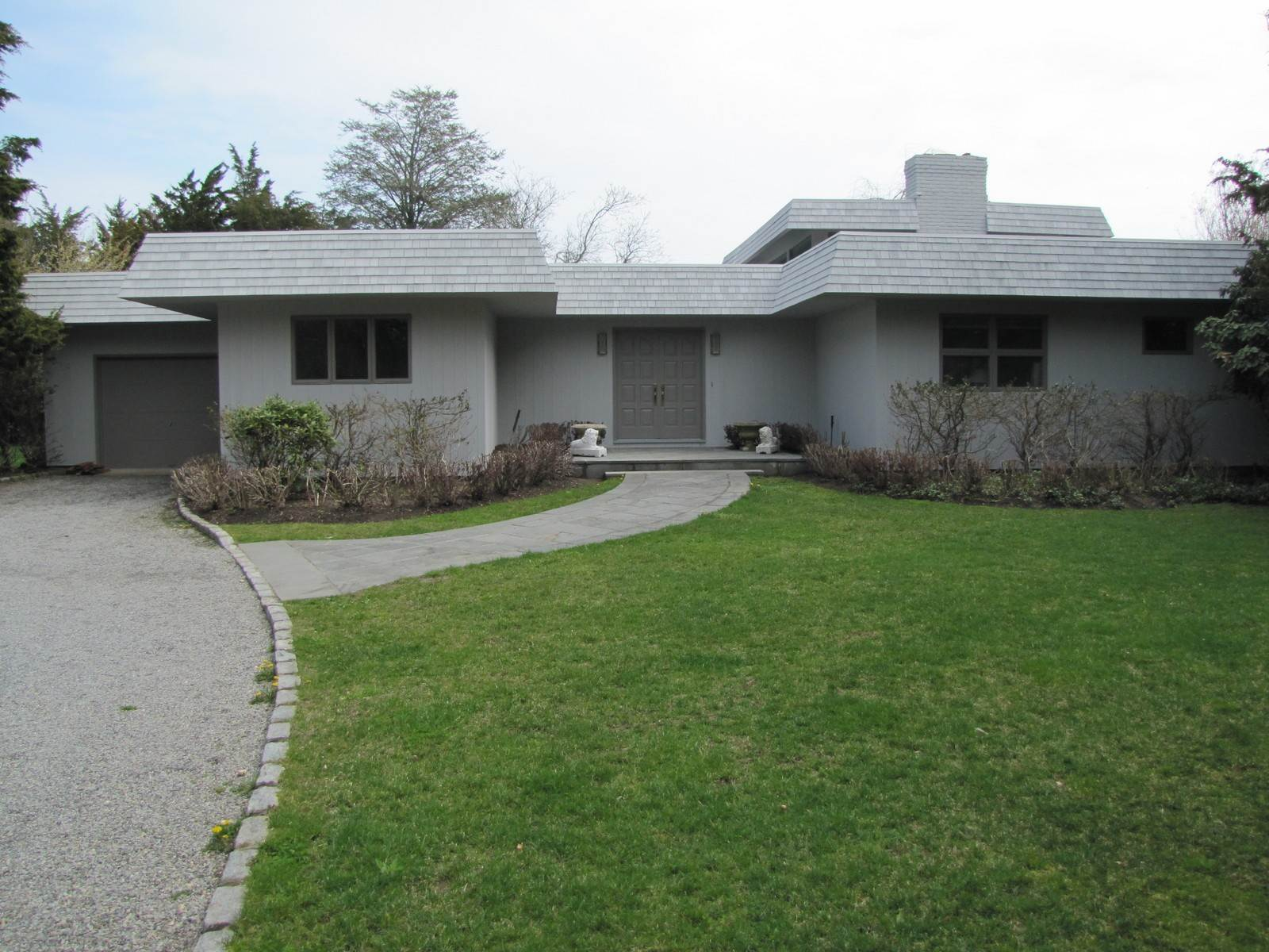 22. Single Family Home at Summer On Further Lane East Hampton Amagansett, NY 11937