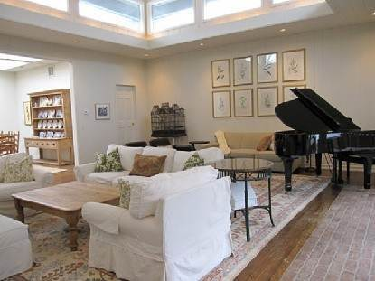 5. Single Family Home at Summer On Further Lane East Hampton Amagansett, NY 11937