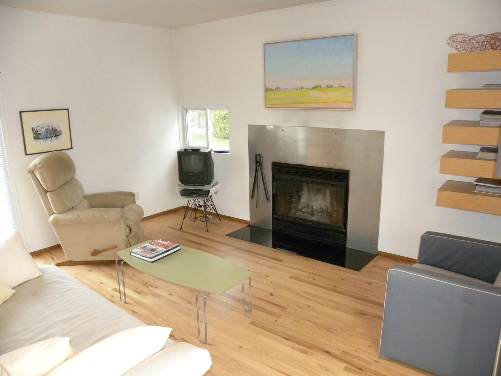 2. Single Family Home at Chic Modern Rental, Very Close To Southampton Village Water Mill, NY 11976