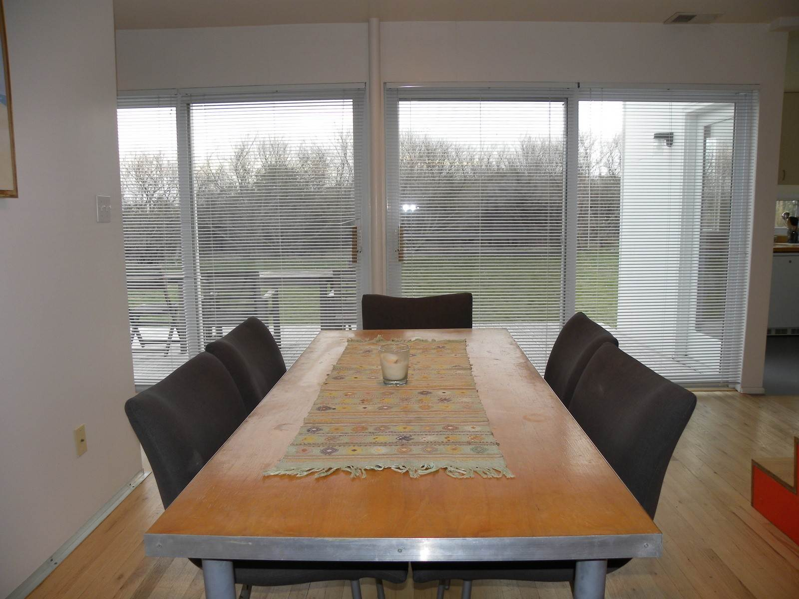 4. Single Family Home at Chic Modern Rental, Very Close To Southampton Village Water Mill, NY 11976