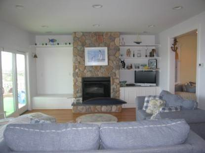 4. Single Family Home at Westhampton Dunes Beach House Rental - Waves, Waves, Waves Westhampton Dunes Village, NY 11978