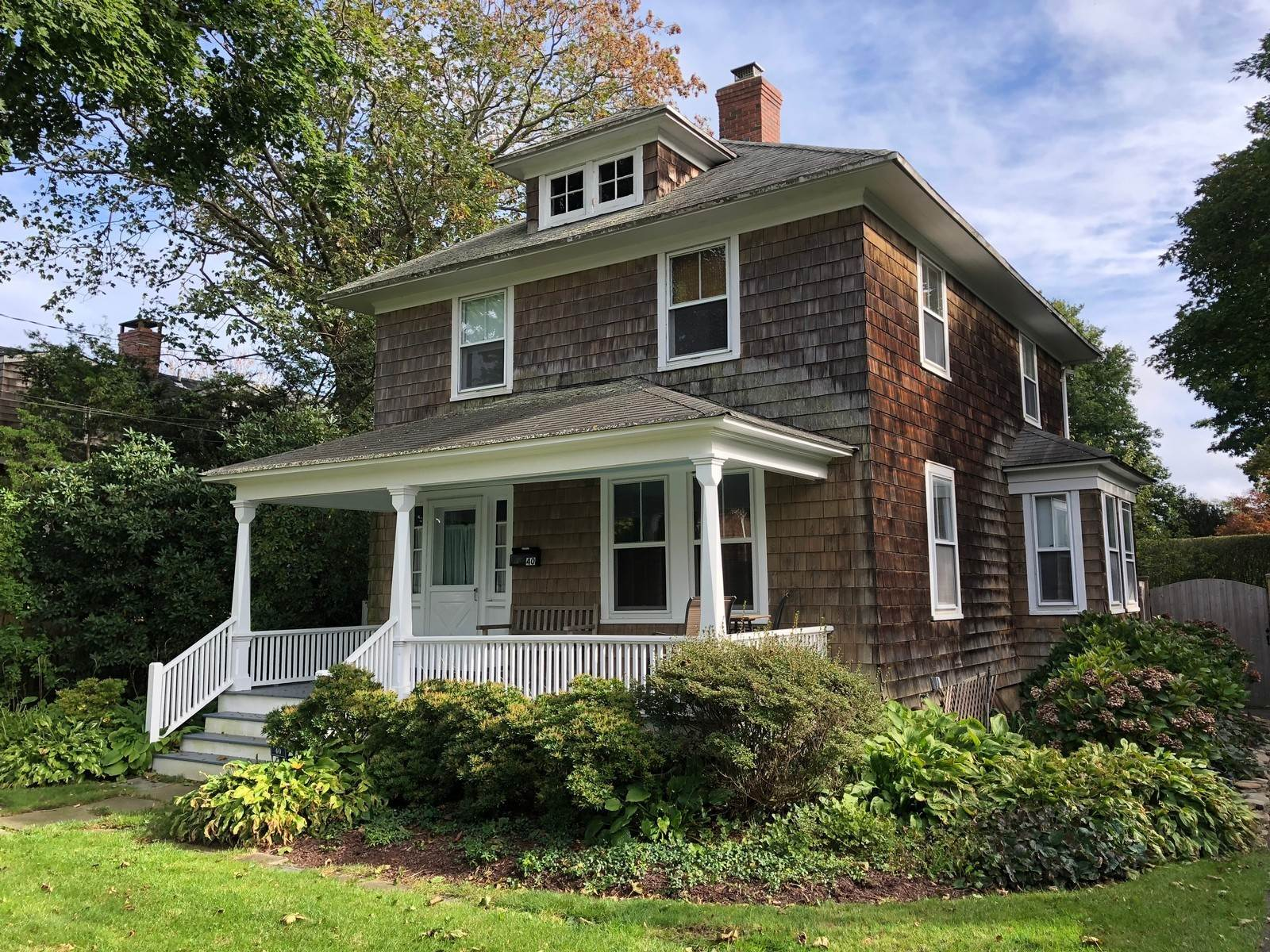 Single Family Home at Charming And Walkable To Southampton Village Shops Southampton, NY 11968