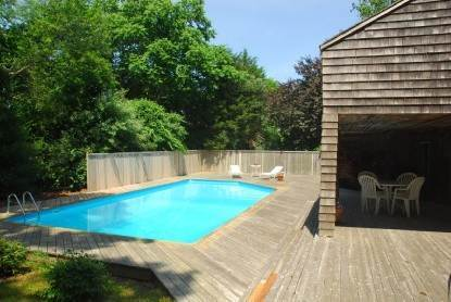 Single Family Home at East Hampton Tranquility And Tennis Near Town East Hampton, NY 11937