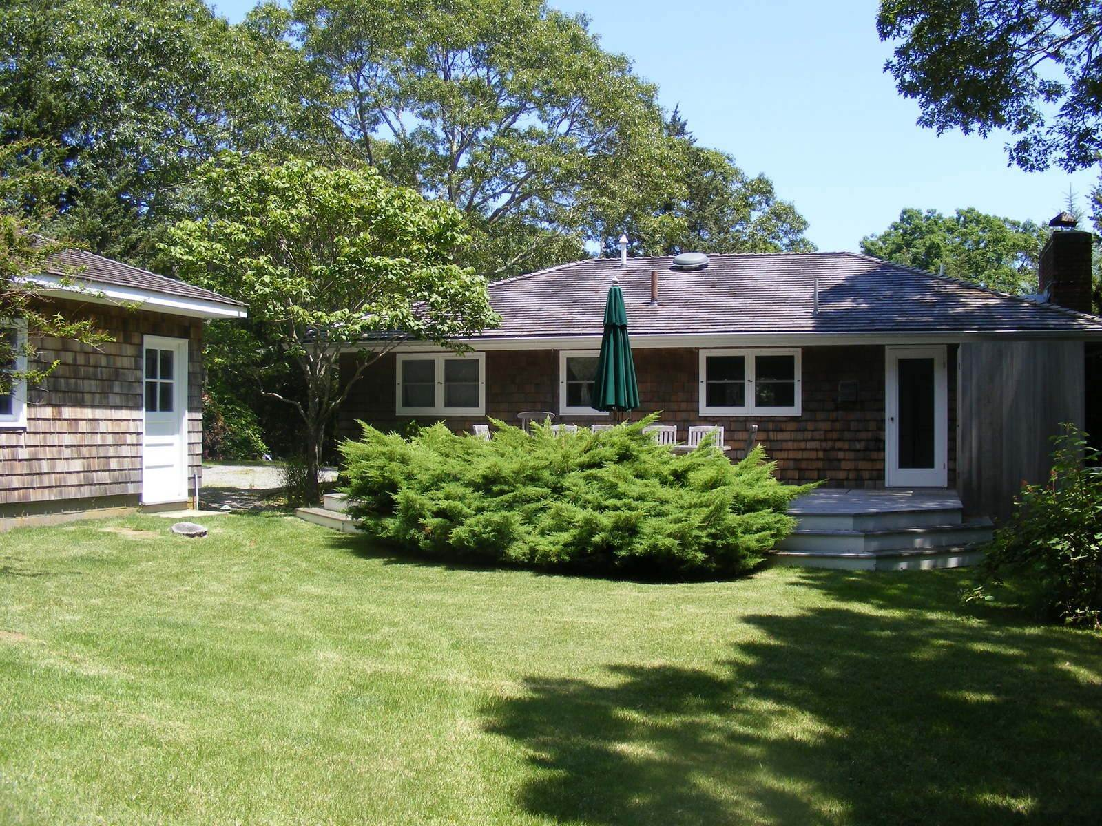 5. Single Family Home at Steps To The Beach East Hampton, NY 11937
