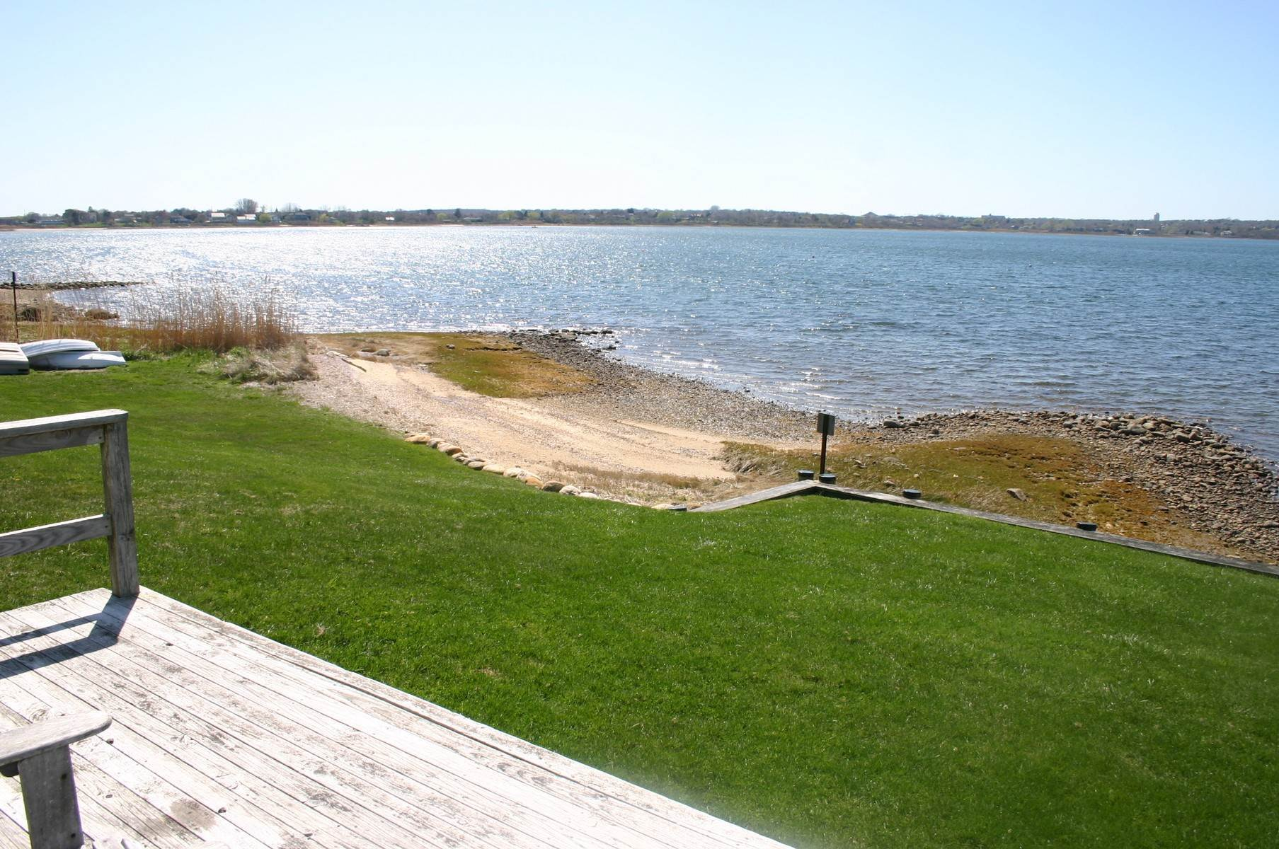 Co-op Properties at Montauk Lakefront Rental Cottage With Marvelous Sunsets! Montauk, NY 11954
