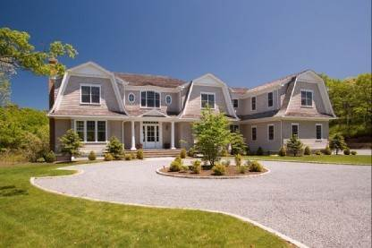 Single Family Home at Gorgeous Gambrel Southampton North - 8 En Suite Bedrooms Southampton, NY 11968