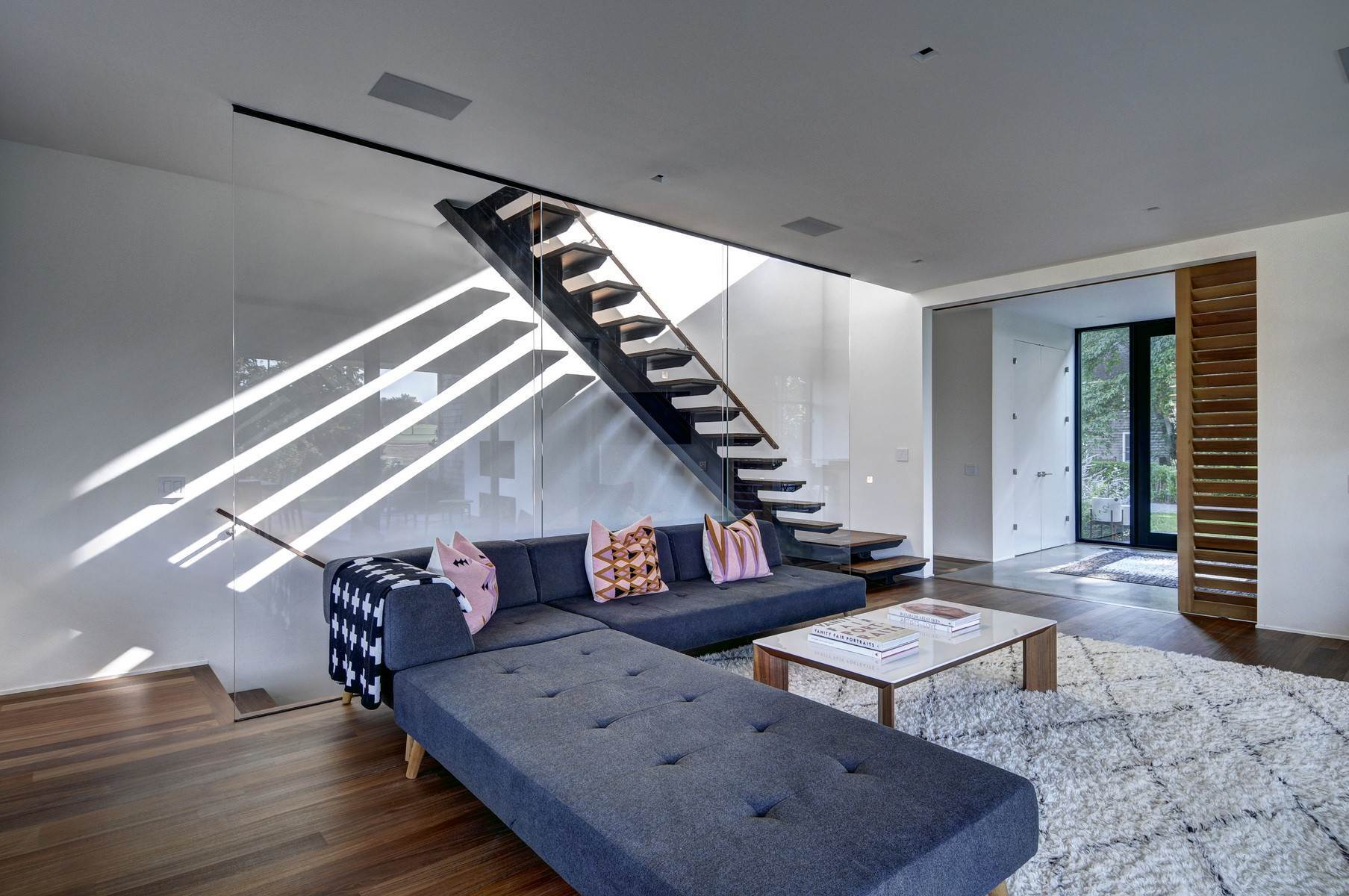 9. Single Family Home at Amagansett Modern With All The Amenities, Near To All 53 Abrahams Landing Road, Amagansett, NY 11930
