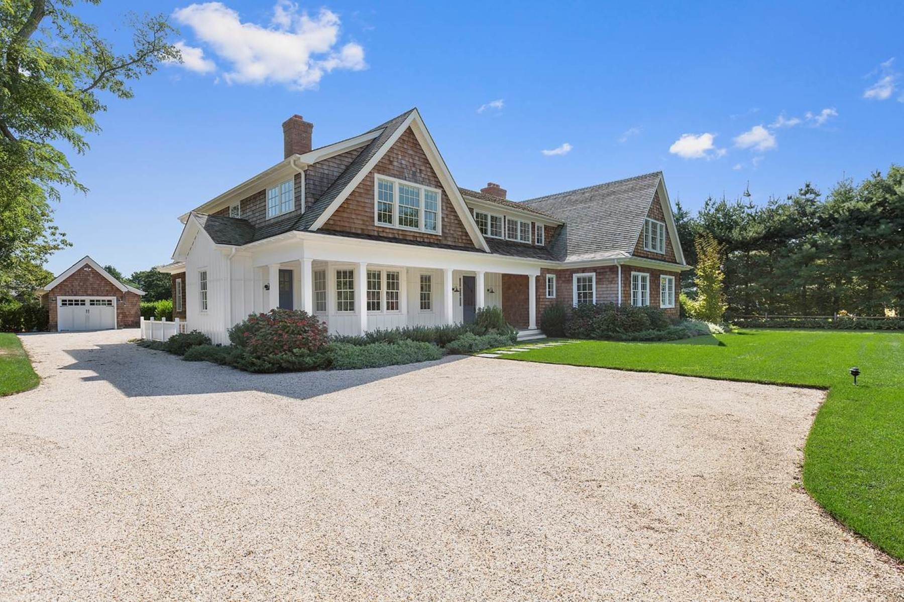 15. Single Family Home at Impeccable Rental With Tennis In Southampton Southampton, NY 11968