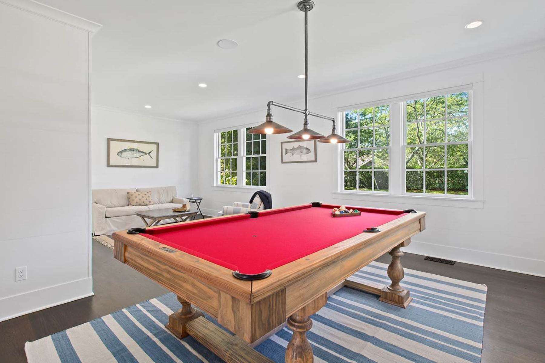 7. Single Family Home at Impeccable Rental With Tennis In Southampton Southampton, NY 11968