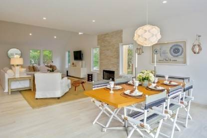 10. Single Family Home at East Hampton Springs East Hampton, NY 11937