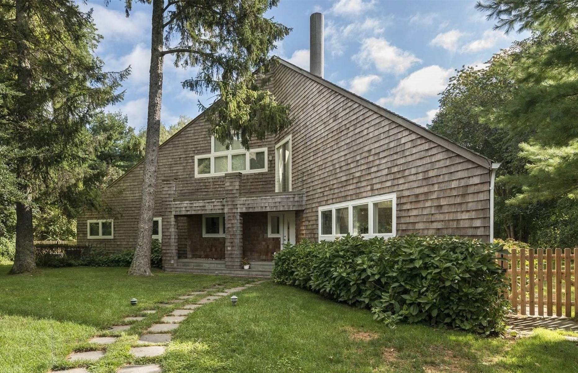 Single Family Home at Water Mill South Rental Water Mill, NY 11976