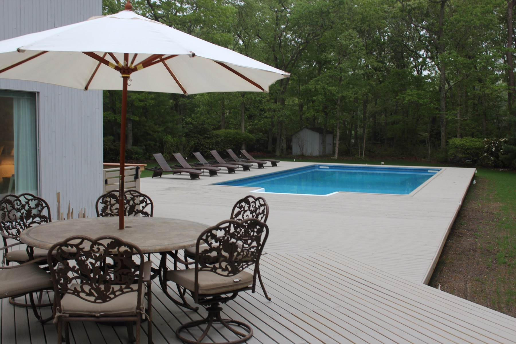 1. Single Family Home at Quogue 4 Bedroom Summer Rental With Pool Quogue Village, NY 11959
