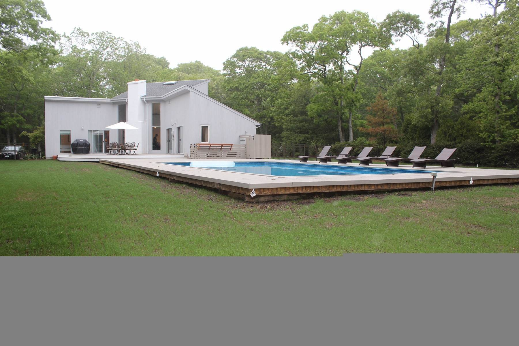 2. Single Family Home at Quogue 4 Bedroom Summer Rental With Pool Quogue Village, NY 11959
