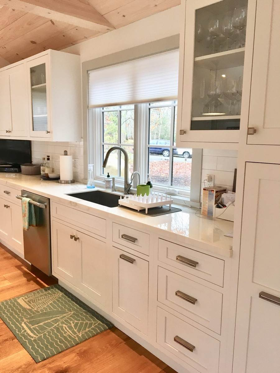 3. Single Family Home at Fabulously Renovated Crisp Clean 4 Bed/4 Bath In Bridgehampton Bridgehampton, NY 11932