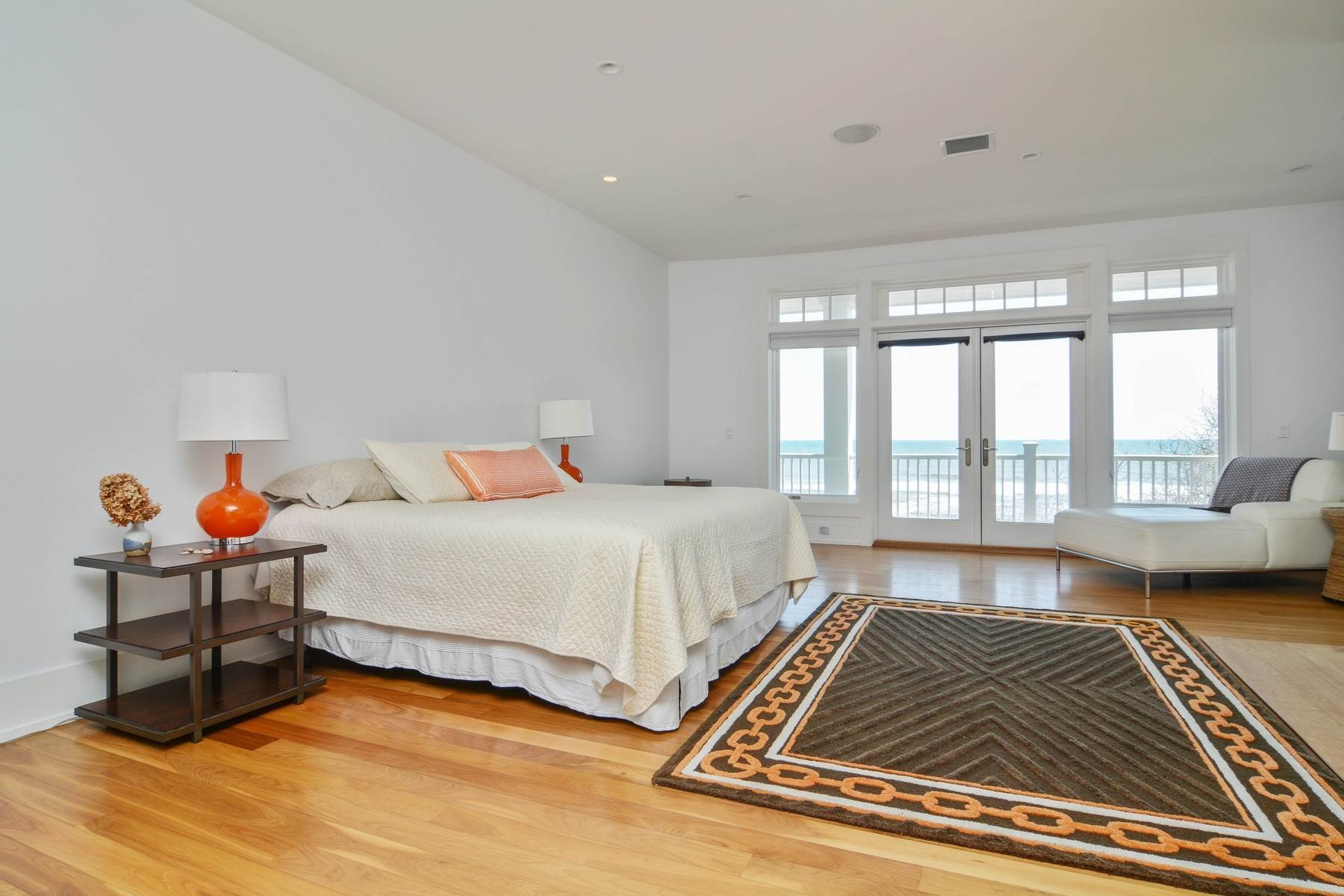 10. Single Family Home at Summer On The Ocean Montauk, NY 11954